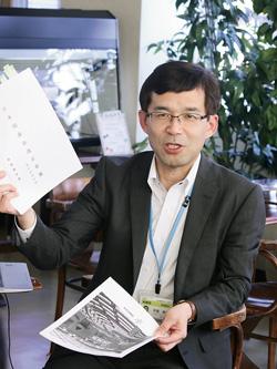 自民党改憲草案を解説する平尾さん