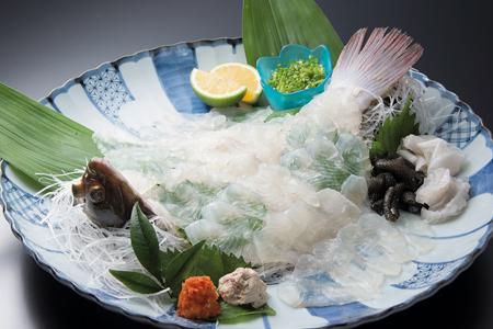 江戸時代には庶民が食べると罰せられたことから、別名「殿様魚」とも呼ばれた城下かれい(日出町観光協会提供)